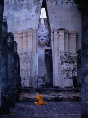 : Si Chum, Buddha Statues, Travel Photos, Large Buddha, Monk Meditation, Thailand, Vintage Travel Posters, Wat Si, Posters France