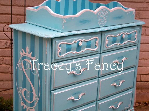 Vintage Painted Shabby French Provincial Dresser With Changing Table  Addition