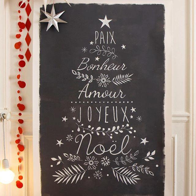 Sapin de Noël sur tableau noir