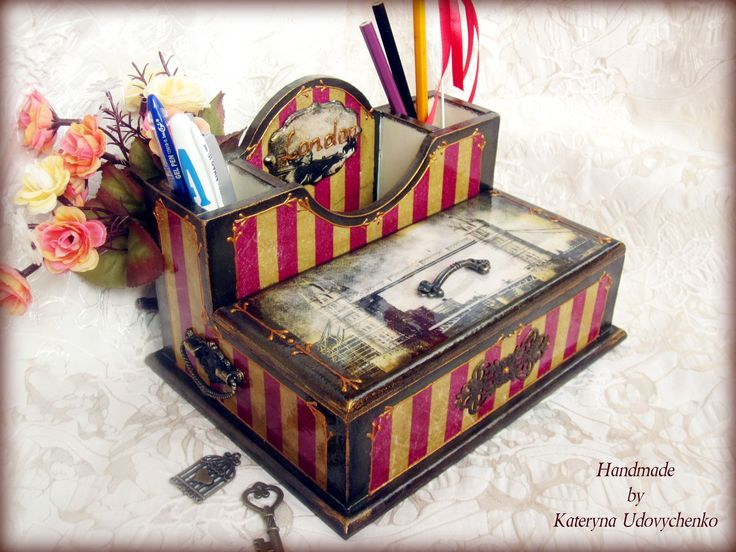 "Handmade mini-bureau ""Old London"". Decoupage. Pic.1."