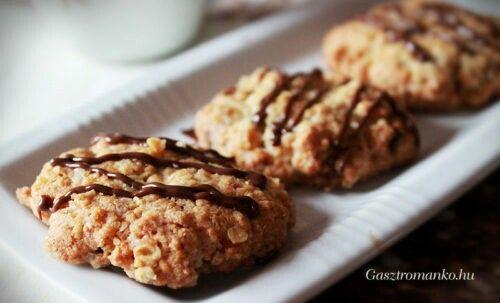 http://hungryhungarianwoman.blogspot.hu/2017/01/oatmeal-bisquit.html