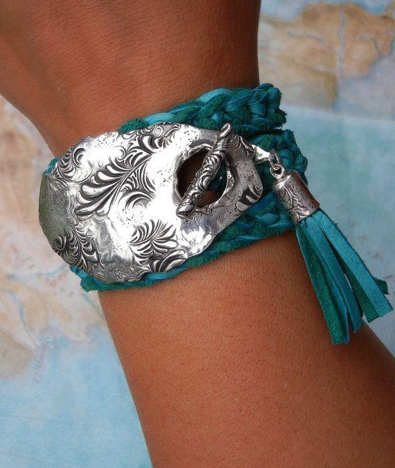 Gioielli in turchese, turchese in pelle artigianale bracciale, bracciale in vera pelle turchese Wrap, turchese gioielli, moda Hippie turchese