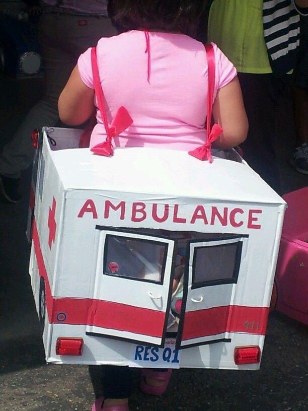 KINDY 500. Cardboard ambulance