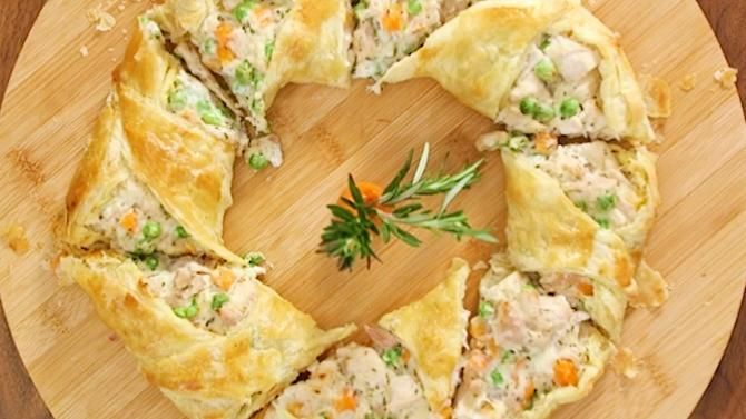 In case you can't tell, we love putting fun twists on classic recipes. So instead of making a tradition chicke...