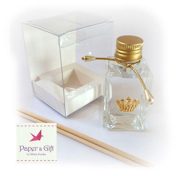 Mini Difusor de ambiente - 30 ml - Frasco de vidro Por ser um produto personalizado as peças são elaboradas exclusivamente para cada ocasião.