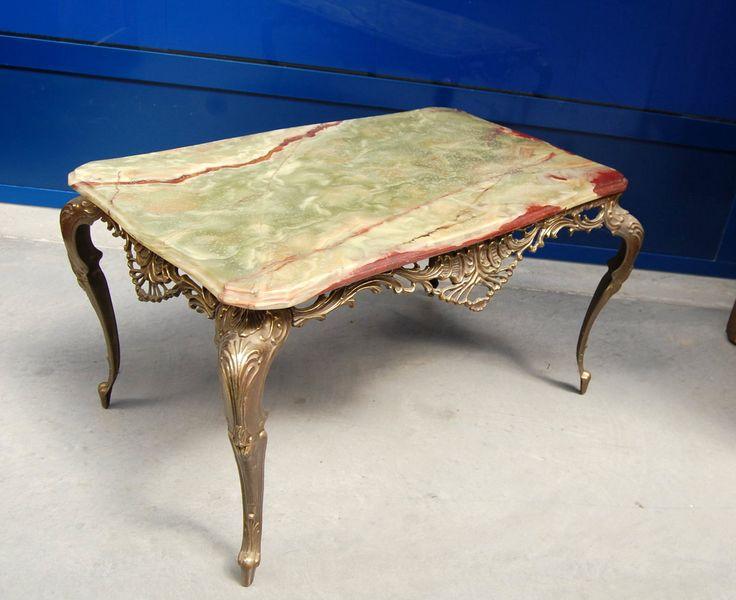 Tavolino da salotto con piano in onice e base in bronzo lungo 66 cm