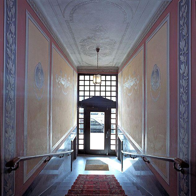 Hisorik: entréer och trapphus - Stadsmuseet