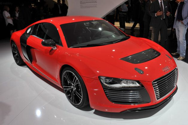 Audi R8 E-Tron back on production map thanks to new battery tech ...