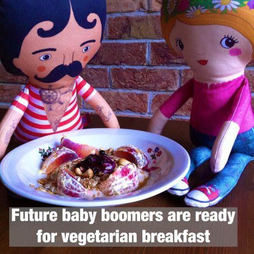 A little healthy dolls' breakfast is allright, can you spot the ingredients? #dolls #breakfast  #toys #handmadetoy #healthybreakfast #etsy