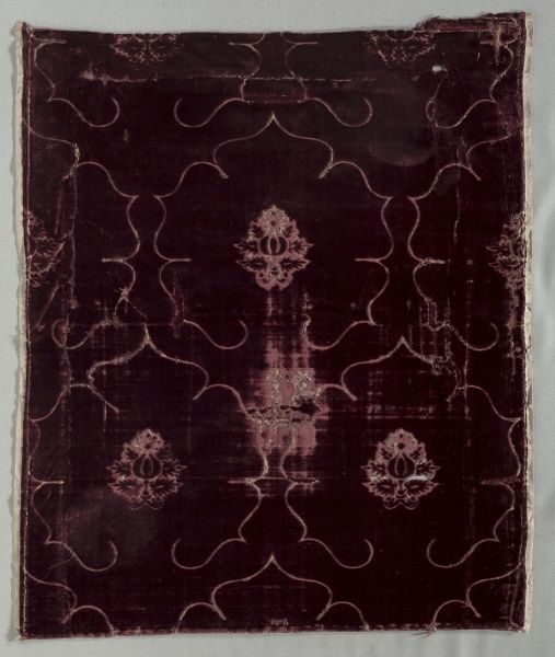 Velvet Fragment, 1400s Italy, 15th century velvet (cut and voided); silk, Overall - h:66.70 w:57.50 cm (h:26 1/4 w:22 5/8 inches). Bequest of James Parmelee 1940.604