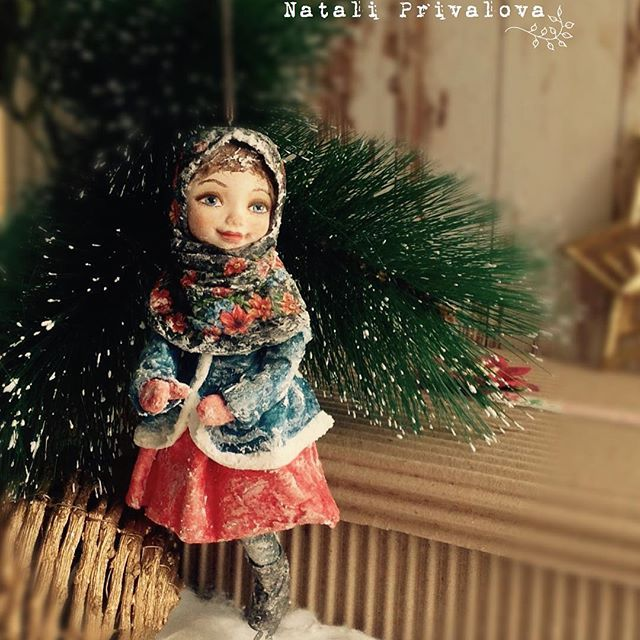 Девочка на коньках. Продана. #ватнаяигрушка #новыйгод #кукла #елочнаяигрушка #ватныеелочныеигрушки
