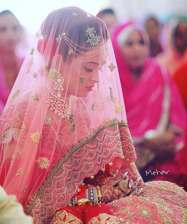 punjabi bride in veil