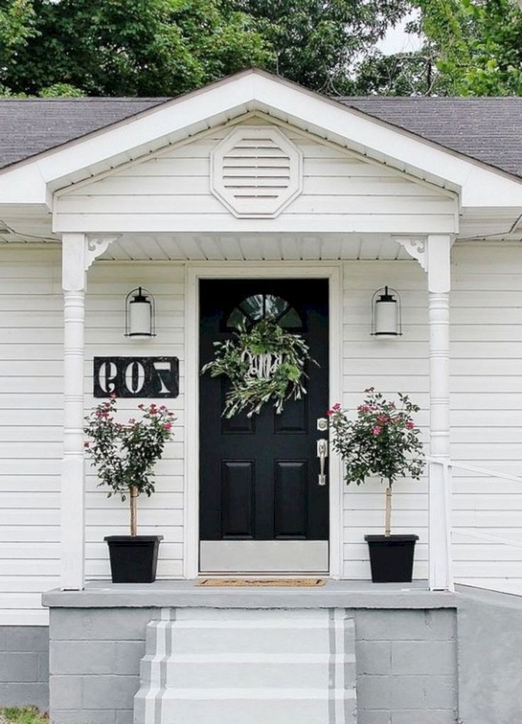 21 Cool And Beautiful Tiny Home Front Porch Design For Inspiration