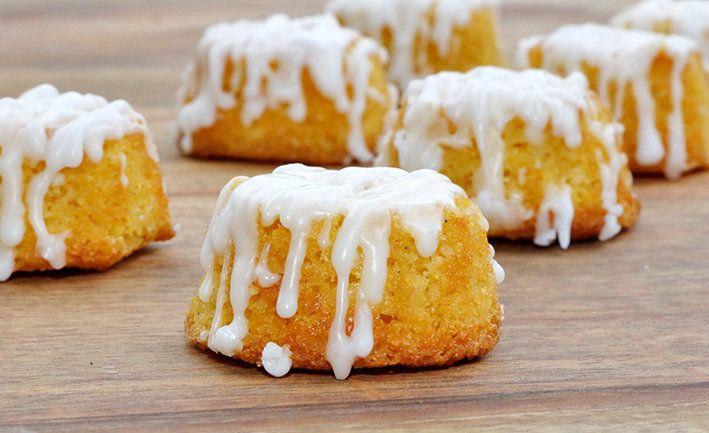 lemon polenta mini cakes
