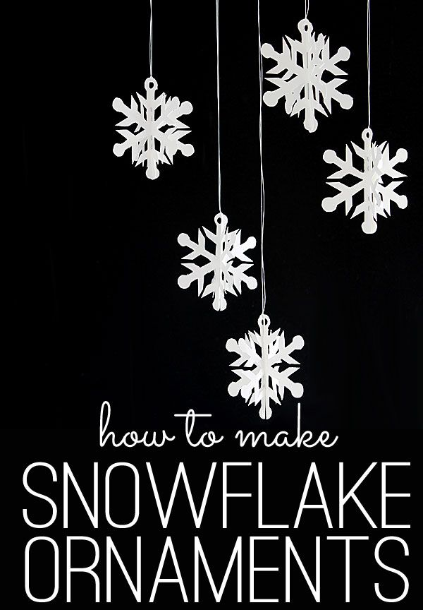 Simply stunning handmade snowflakes | The Shabby Creek Cottage