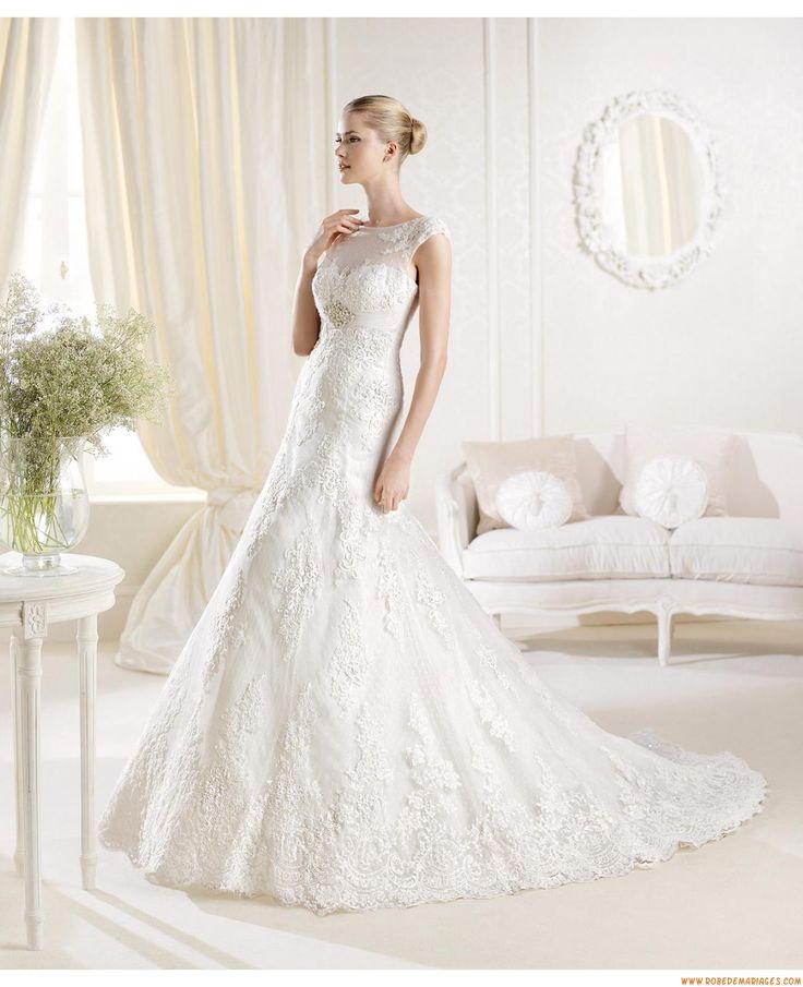 Robes de mariée évasé tulle application dentelle perles