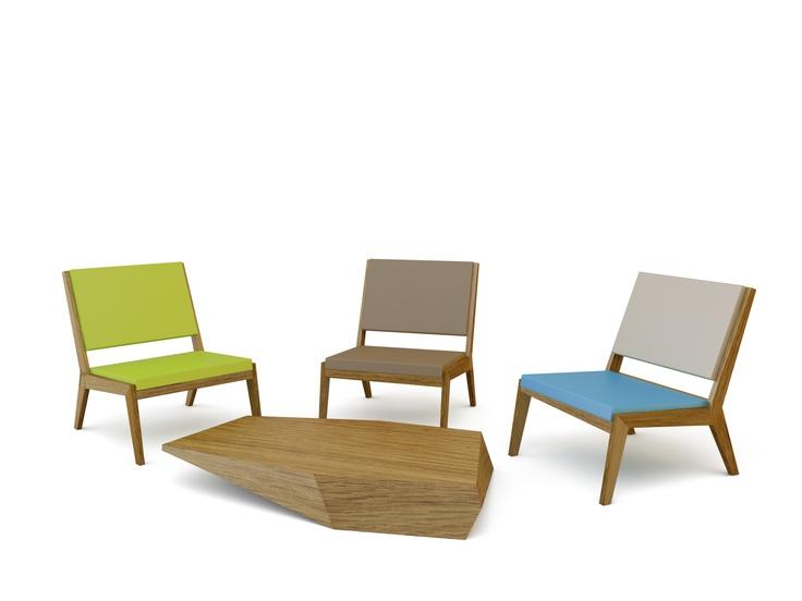 Quinze and Milan, sillón modelo Room26 realizado con estructura en madera de roble natural y asientos en espuma de poliuretano FoamQM. Mobiliario de diseño oficinas, hoteles, hogar, museos, bibliotecas y contract. (Espacio Aretha agente exclusivo para España).