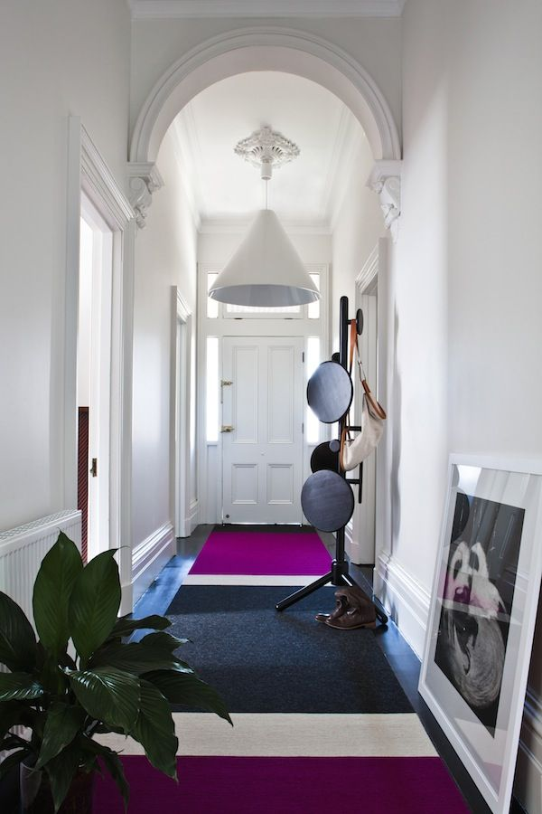 That block of color in the rug is stunning. Design Files Fiona Lynch profile: Interior design for The Grove Road House. Photo - Gorta Yuuki.