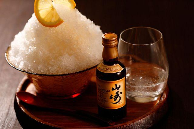 ウイスキー「山崎」を使ったかき氷、京都のビアガーデンに登場 最後は炭酸水をかけてハイボールに
