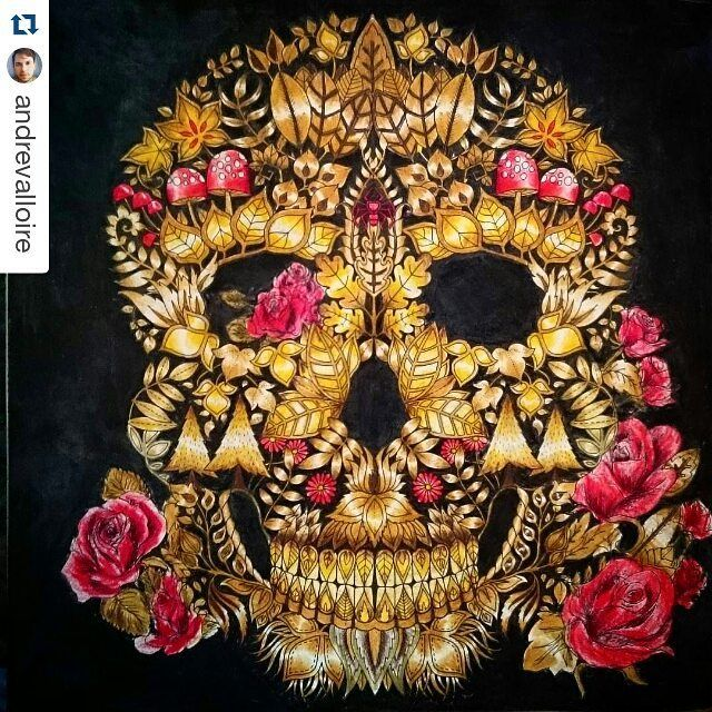 Instagram media desenhoscolorir - Caveira dourada com rosas belíssima by…