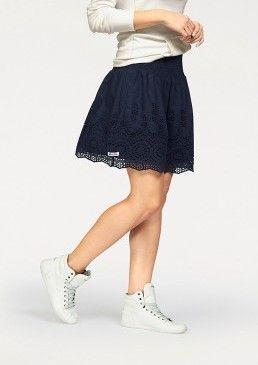 Skládaná sukně Kangaroos #avendro #avendrocz #avendro_cz #fashion #skirt #bestseller