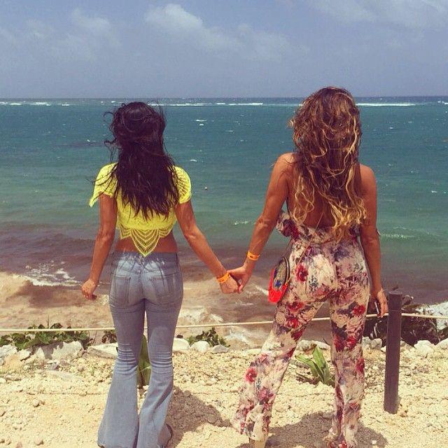 Brie & Nikki Bella saying Goodbye Mexico, Hello Springfield