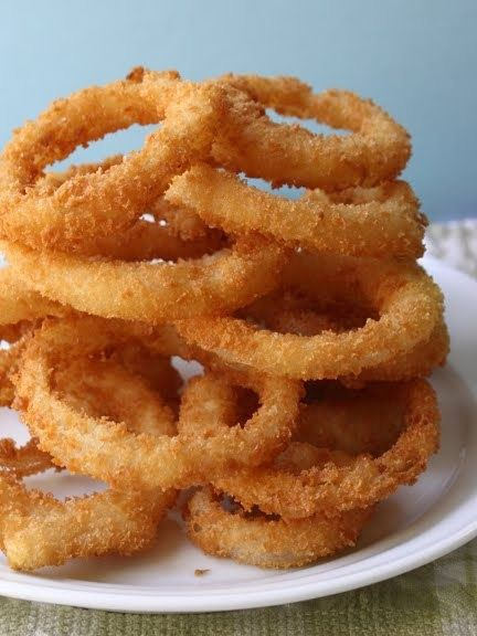 Onion Rings:  Onion rings, perfect for a rainy Saturday evening.