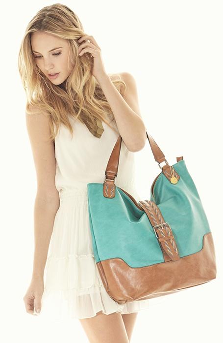 I WANT THIS BAG!!!  Big Buddha Bags