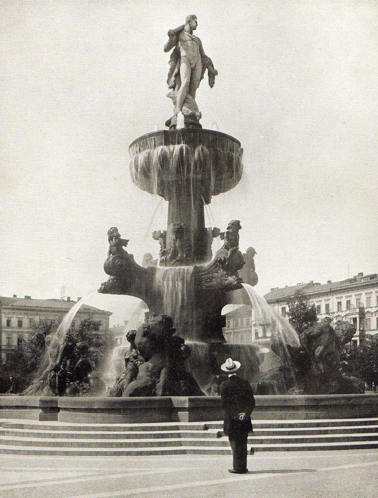 Berlin , Herkulesbrunnen am Lützowplatz von Ludwig Hoffmann ( 1903 ), o.P., 1913.