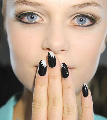 Nail Trend: Shark-Bite Jagged Edge   #GetGraphic