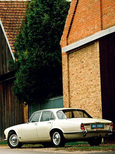 1968 beginnt die Revolution zu laufen. Der Jaguar XJ/6 läuft derweil nicht immer, kann aber trotzdem begeistern. Eine Zeitreise.