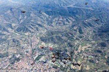 Skydive_Sardegna_1_397523.jpg 370×246 pixels