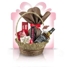 """Chocolate Fever  Bogat in savoarea celor mai renumite ciocolate, acest #cos #cadou surprinde combinatii deosebite de praline si marzipan ori cafea, desavarsite de aroma inconfundabila al unuil Old No. 7. Un cadou business perfect, Chocolate Fever, reflecta in continut si design, pasiunea pentru rafinament si combinatii inedite, pentru un """"multumesc"""" delicios de fiecare data.   #cadoubusiness #coscadou #cadougourmet #cosurigourmet"""