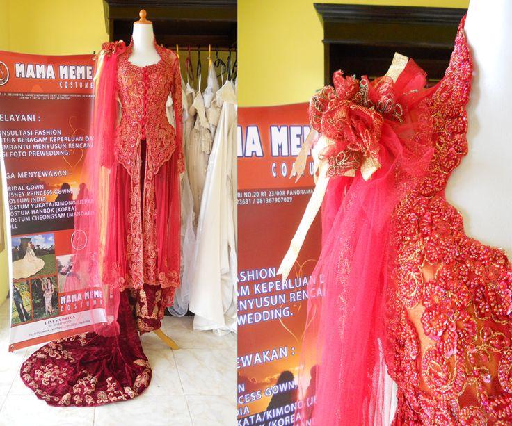 Merah Bunga Bahu by Mama Meme Costume