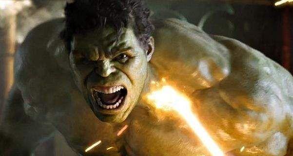 Louis Leterrier, que dirigiu o filme O Incrível Hulk, de 2008, revela que em seus planos originais, Mark Ruffalo seria o seu Bruce Banner/Hulk, mas obviamente não ocorreu dessa maneira. Numa entrevista com a Empire, o diretor de O Incrível Hulk, de 2008, revela que sua primeira escolha para o papel de Bruce Banner no …