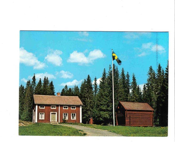 """Högsjö Hembygdsgård, Ångermanland. """"Huvudbyggnaden, Olof Högbergsgården """"flyttad från byn Ås var författaren Olof Högbergs barndomshem under 1850-60 talet, dock ej hans födelsehem."""""""