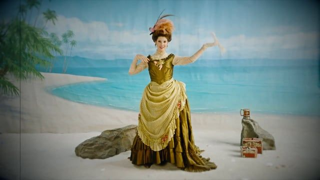 Vine, Snapchat and Internet darling, Amanda Cerny, strips down for old-timey, Smith & Forge hard cider.