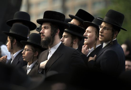 an analysis of the religion of judaism Research paper: comparative analysis of judaism and christianity when a person hears the terms jew or christian we recognize those terms as a name for someone who belongs to a certain religion.