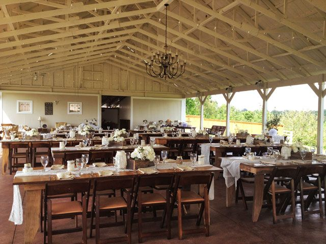 Thought Front Porch Farms Was A Great Wedding Location Before? It's Even Better for 2012 Weddings! | Nashville Wedding Guide for Brides, Grooms - Ashley's Bride Guide