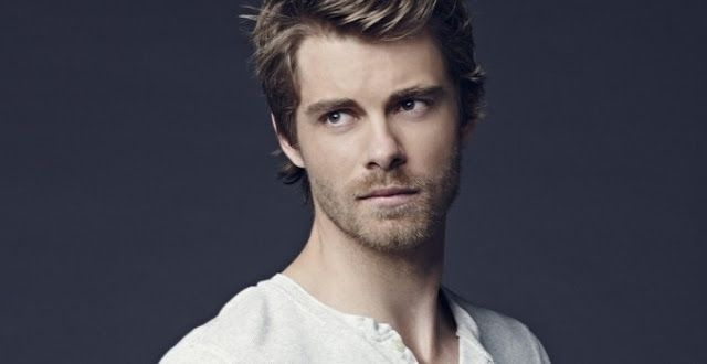 Luke Mitchell | http://www.celebritykeep.com/2017/07/luke-mitchell.html