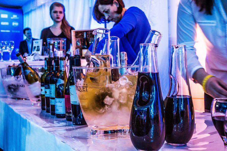https://flic.kr/p/BcewmE | KruliQowy winebar gotowy  - karafki Krosno rządzą!