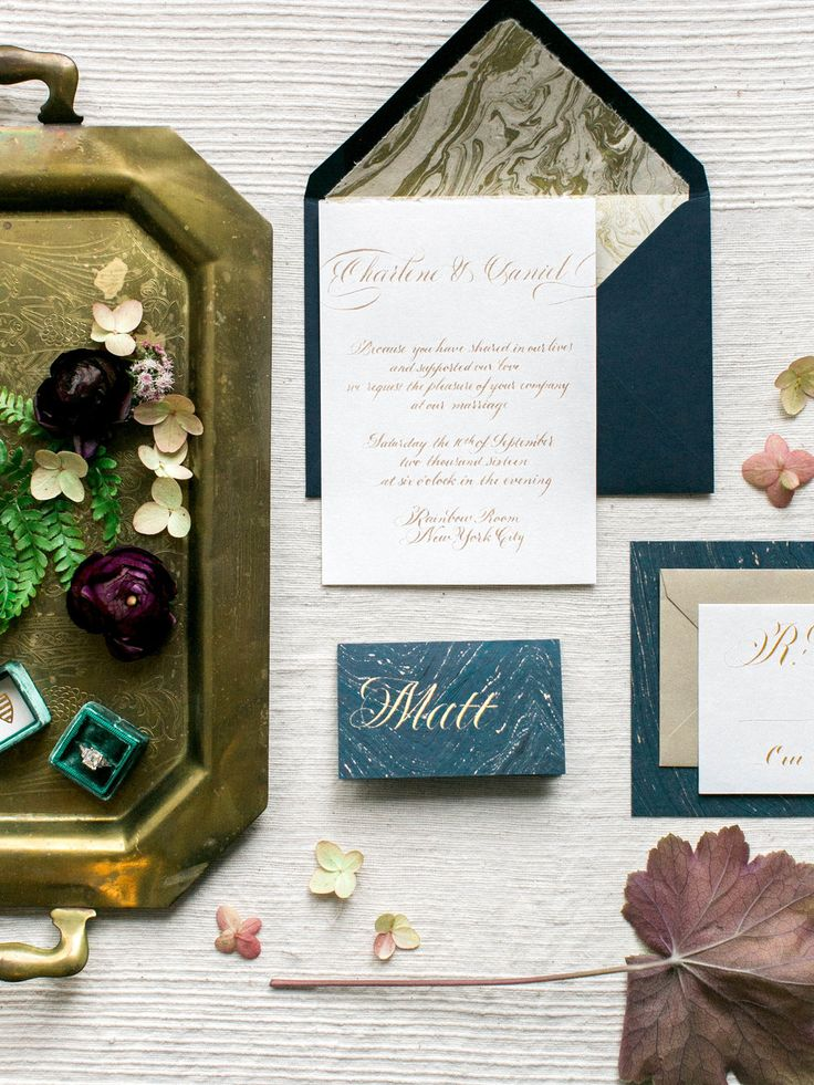 Calligraphy wedding invitation suite // by Chavelli www.chavelli.com // photo by Jessica Rieke www.jleephotos.com