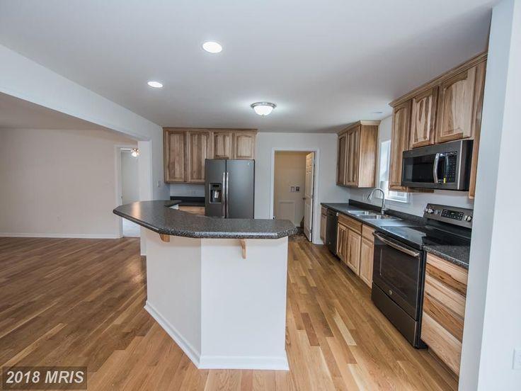 Beautiful kitchen with an island kitchenisland