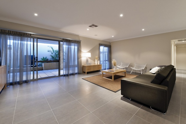 Large, spacious living area - tiled