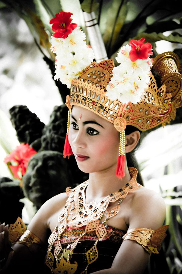 Photograph bali dancer by f budiardjo  on 500px