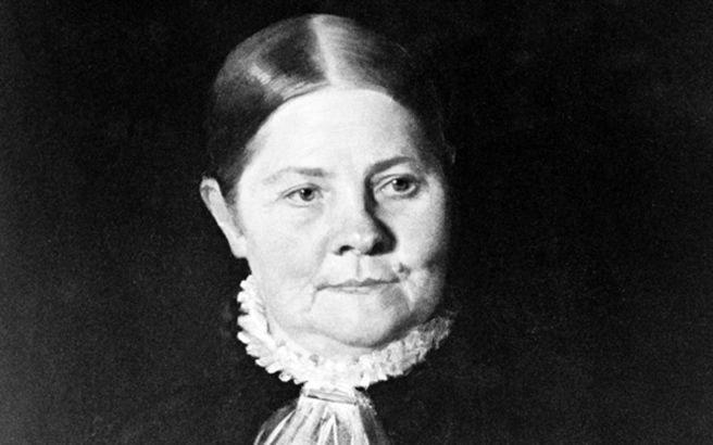 Η ασταμάτητη σουφραζέτα Λούσι Στόουν Η αμερικανή φεμινίστρια που διεκδίκησε όσο λίγες τη γυναικεία ισότητα και αξιοπρέπεια!  Πώς γίνεται να είσαι γυναίκα και να μιλάς ανοιχτά στις συντηρητικότατες ΗΠΑ του 19ου αιώνα για εξίσωση των φύλων, κατάργηση της δουλείας και αποτίναξη της θανατικής ποινής;  Αν είσαι η Λούσι Στόουν, ένα πνεύμα τόσο ελεύθερο όσο και ο αέρας, όλα είναι δυνατά!  Κι αυτό γιατί η παθιασμέ