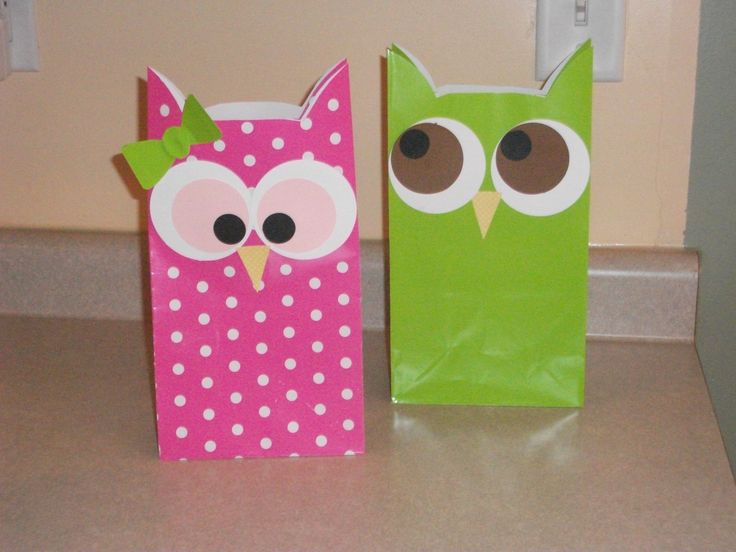 I made these today for my Lainey-bug's 1st bday goodie bags! Pink polka dot owls for girls and green for boys!
