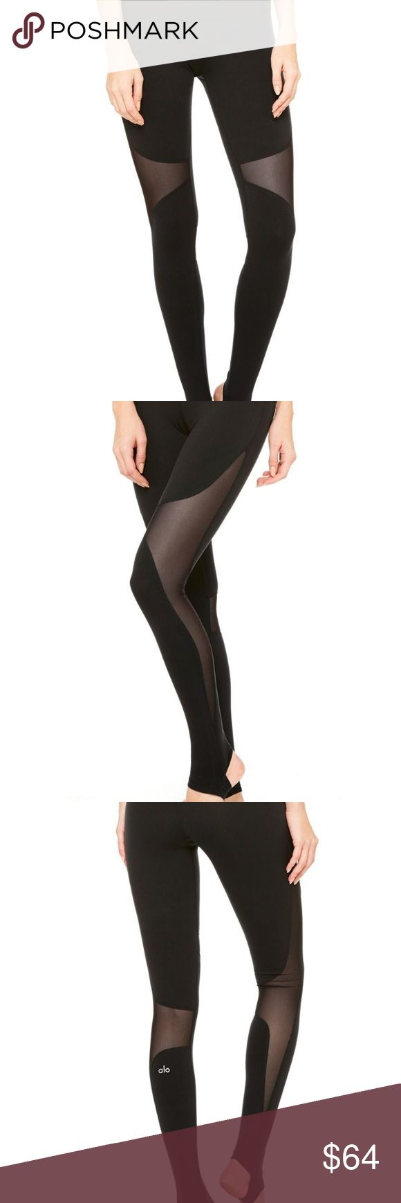 ALO Coast Leggings black xs BNWT never worn brand spanking new y'all! Get em while they're hot! ALO Yoga Pants Leggings