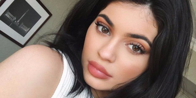 Kylie Jenner's makeup routine is long and expensive.