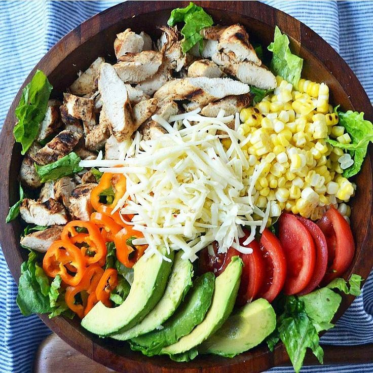 Superbowl weekend definitely motivated me to get back on track with clean eating! I mean  look at this gorgeousness from @modern_honey... who wouldn't want to eat this beautiful  colorful and oh so healthy cobb salad?!. . .#foodfoodfood #foodmakesmehappy #foodblogeats #bestofthebest #healthyfood #healthyeating #cleaneating #weightloss #looseweight #crushthosegoals #goalgetter #TheFeedFeed #FeedFeed #BuzzFeedFood #BuzzFeast #HuffPostTaste #YahooFood #ForkFeed #TodayFood #FoodLife #FoodAddict…